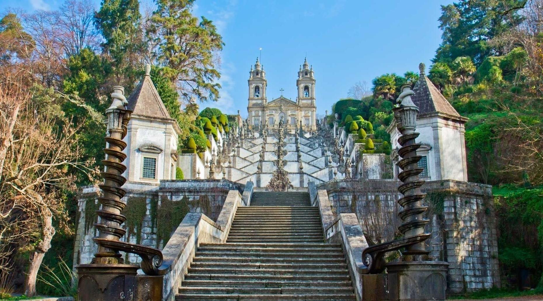 Full-Day Private Tour of Braga & Guimarães from Porto