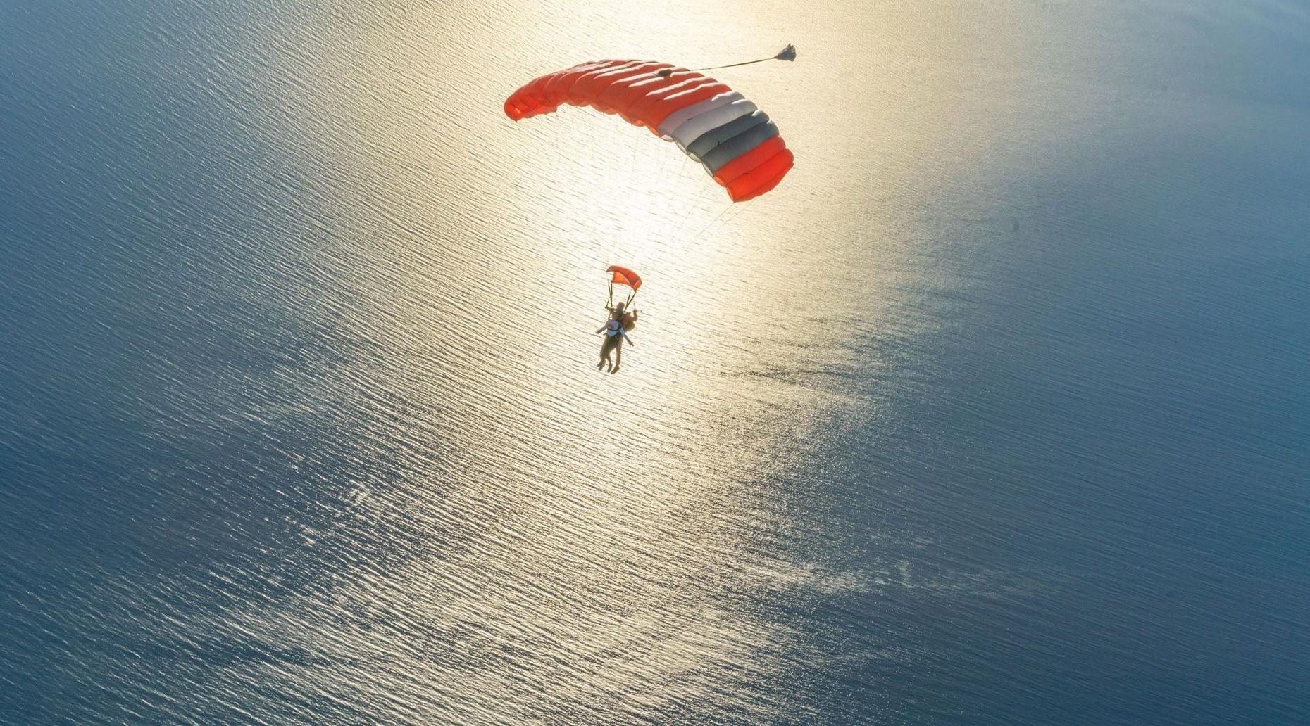 Tandem Skydiving in Santa Cruz
