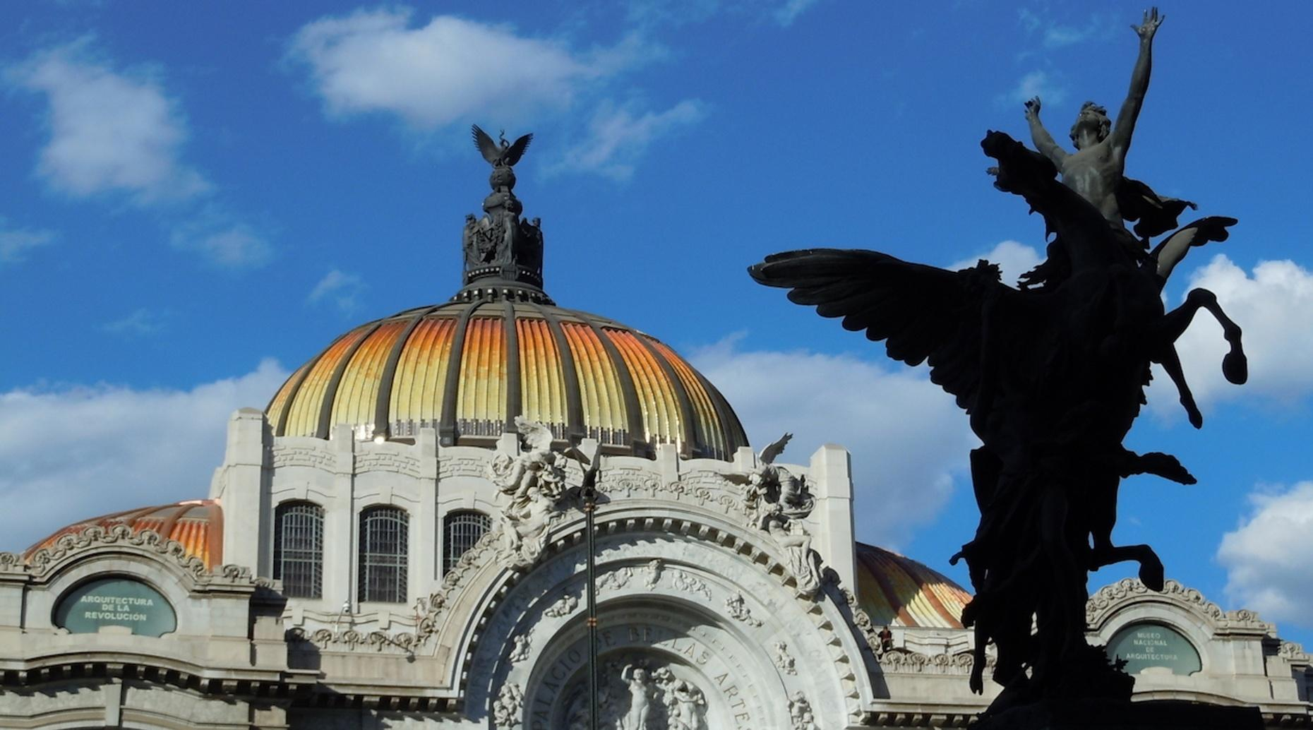 Free Walking Tour of Downtown Mexico City in Spanish