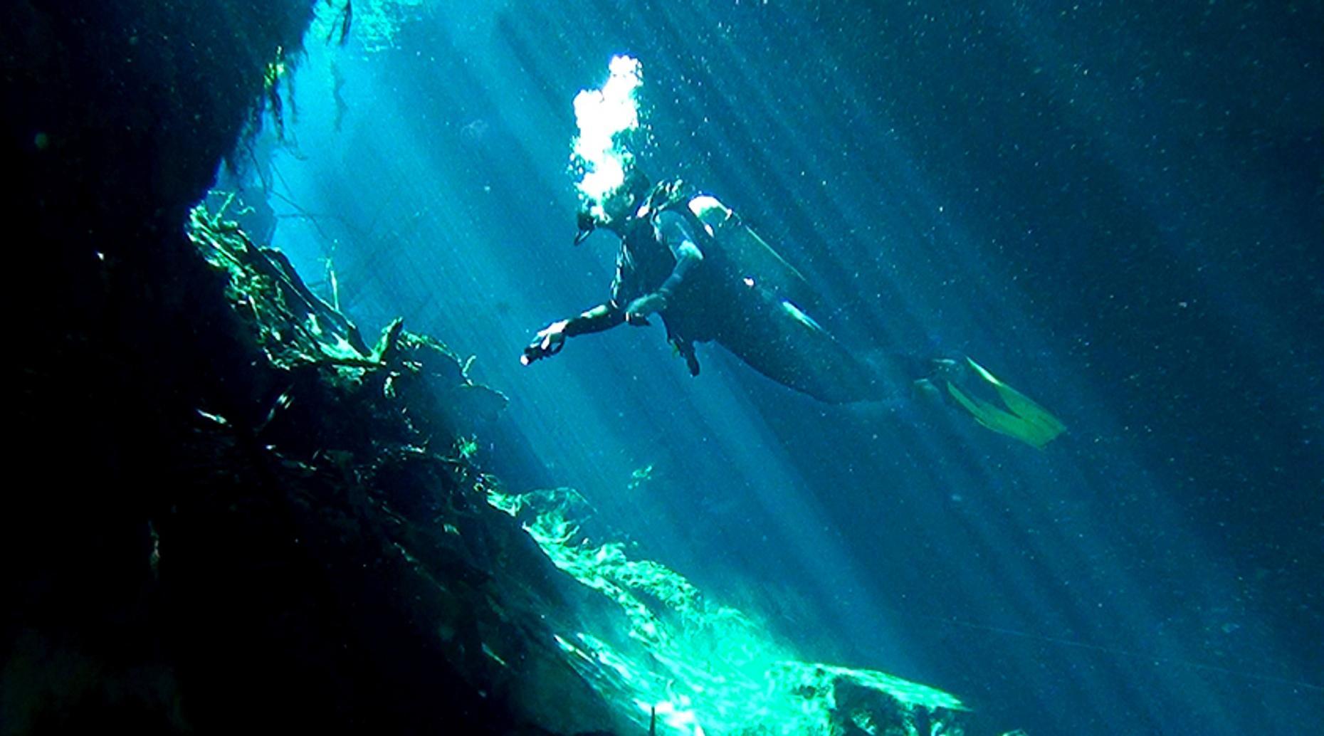 Scuba Diving Los Arcos