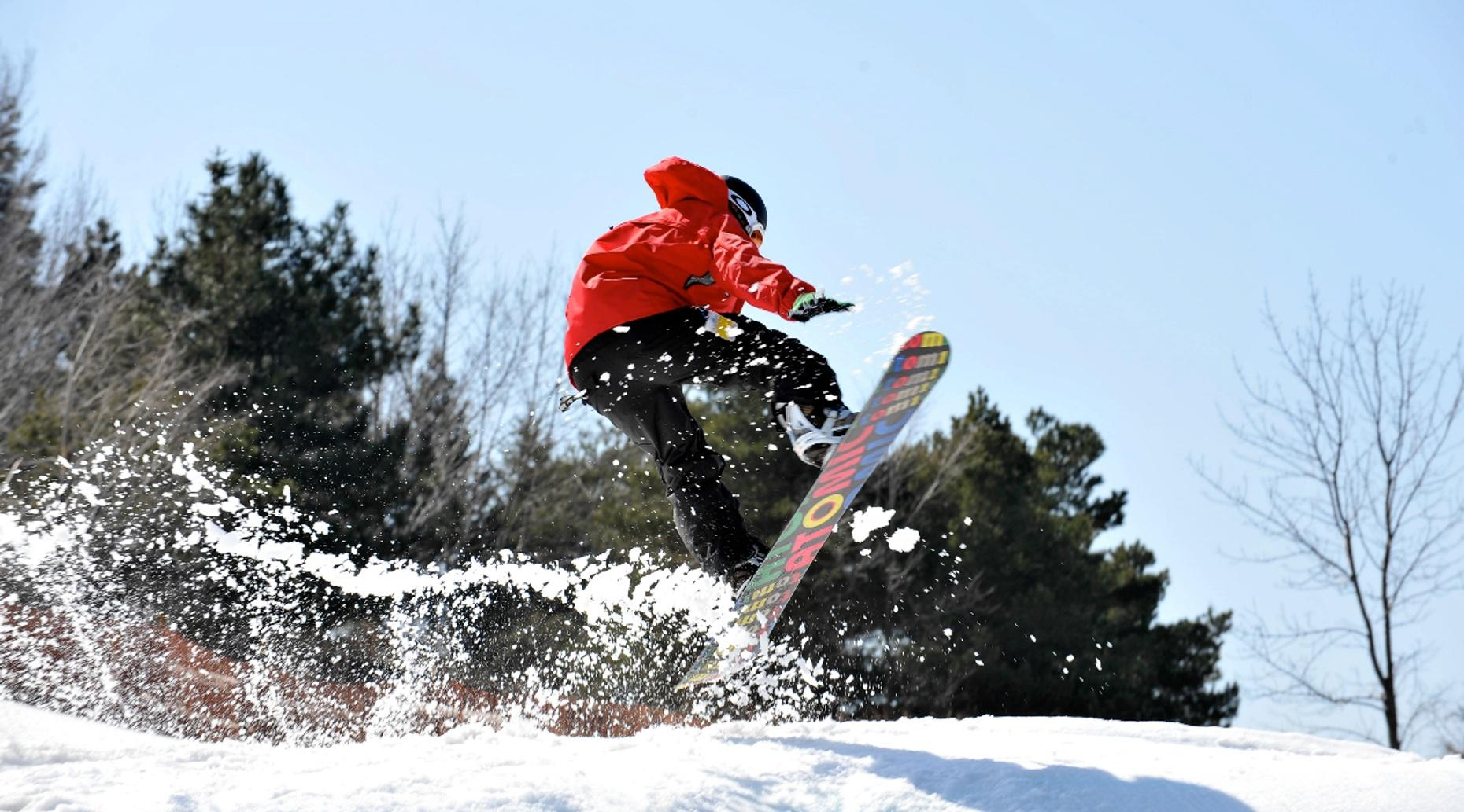 Private Snowboarding or Skiing Lesson in Big Bear