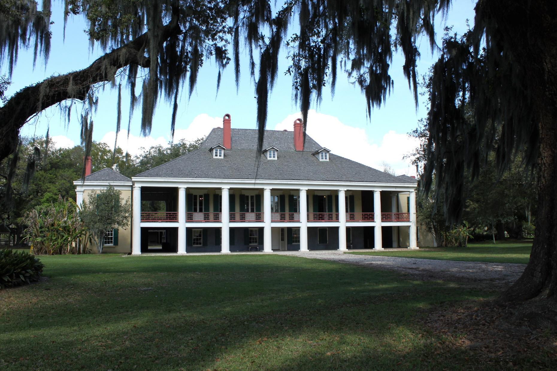 Destrehan Plantation Guided Tour in Louisiana