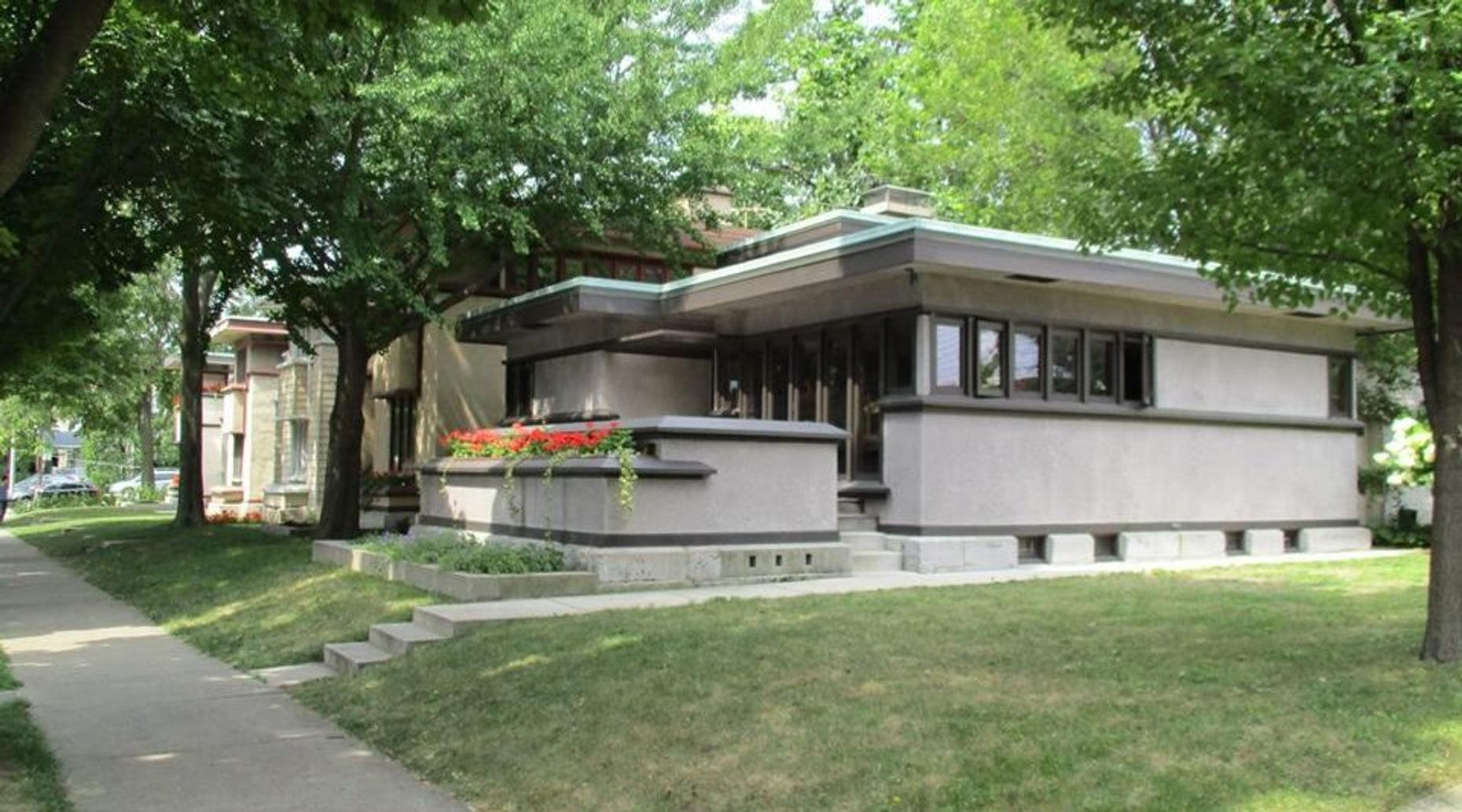 Tour of Frank Lloyd Wright's System-Built Homes in Milwaukee