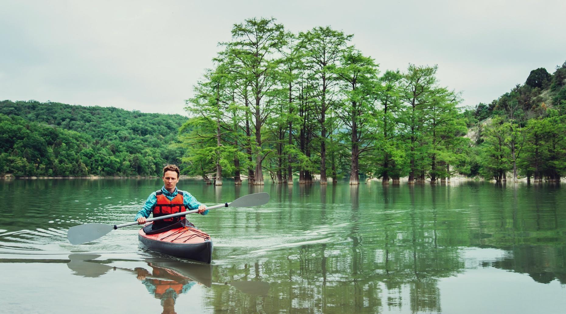 Tar River Single Kayak Tour in Bunn