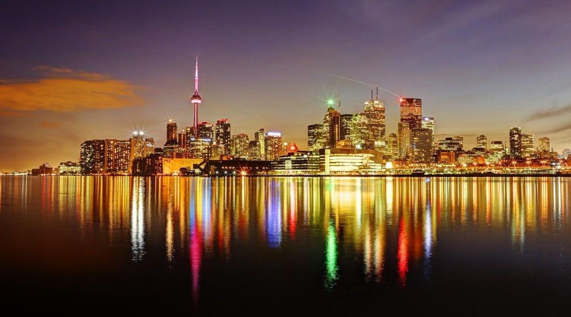 Sunset Plane Tour from Toronto