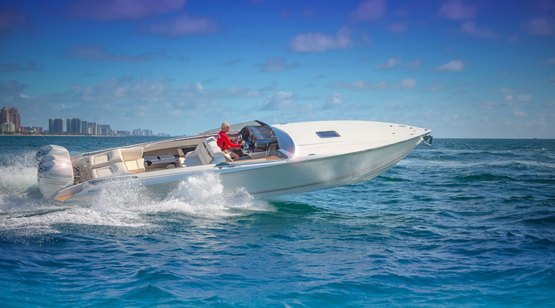 Two Hour Dual Console Boat Rental in Palm Beach