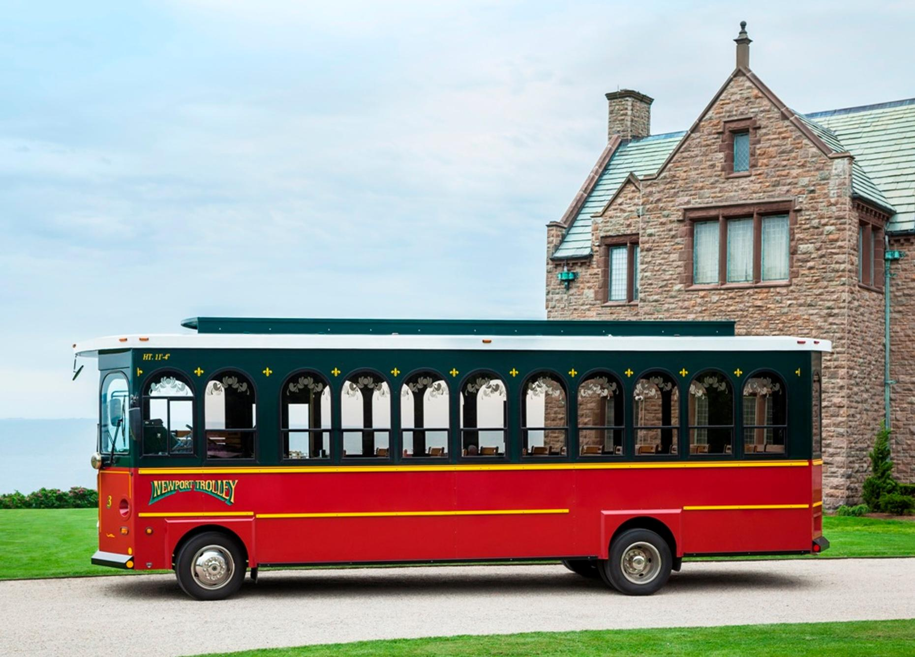 Newport Trolley Guided Tour