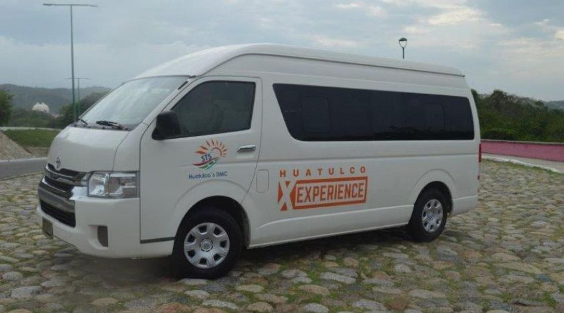 Salina Cruz One-Way or Round-Trip Private Transfer