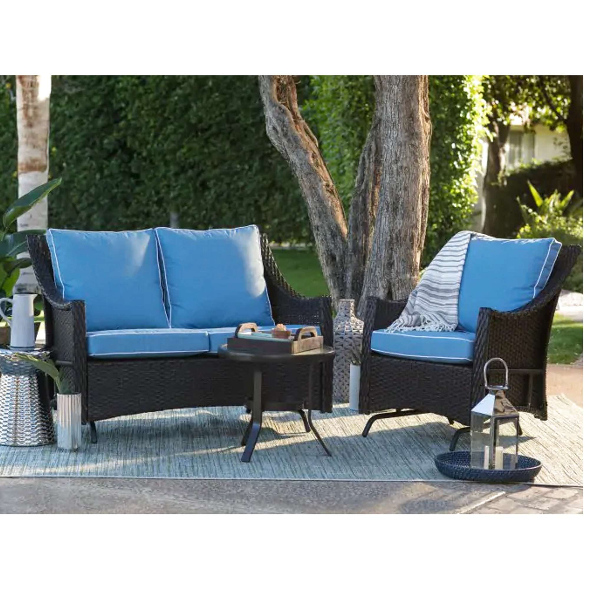 Resin Wicker Loveseat Glider W Cushion Loveseat Online Auctions Los Angeles