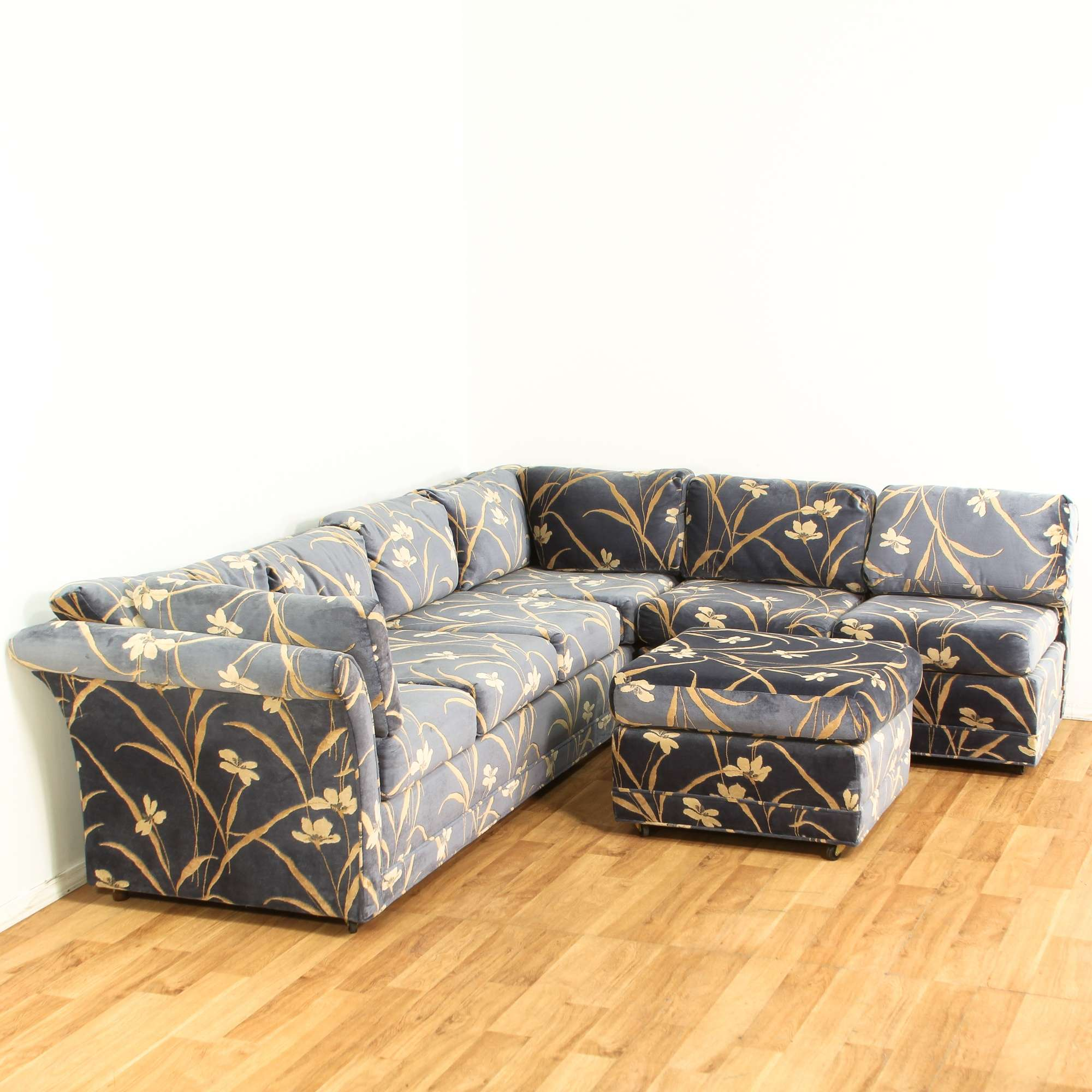 Blue Purple Floral Velvet Sectional Sofa Loveseat Online Auctions Los Angeles