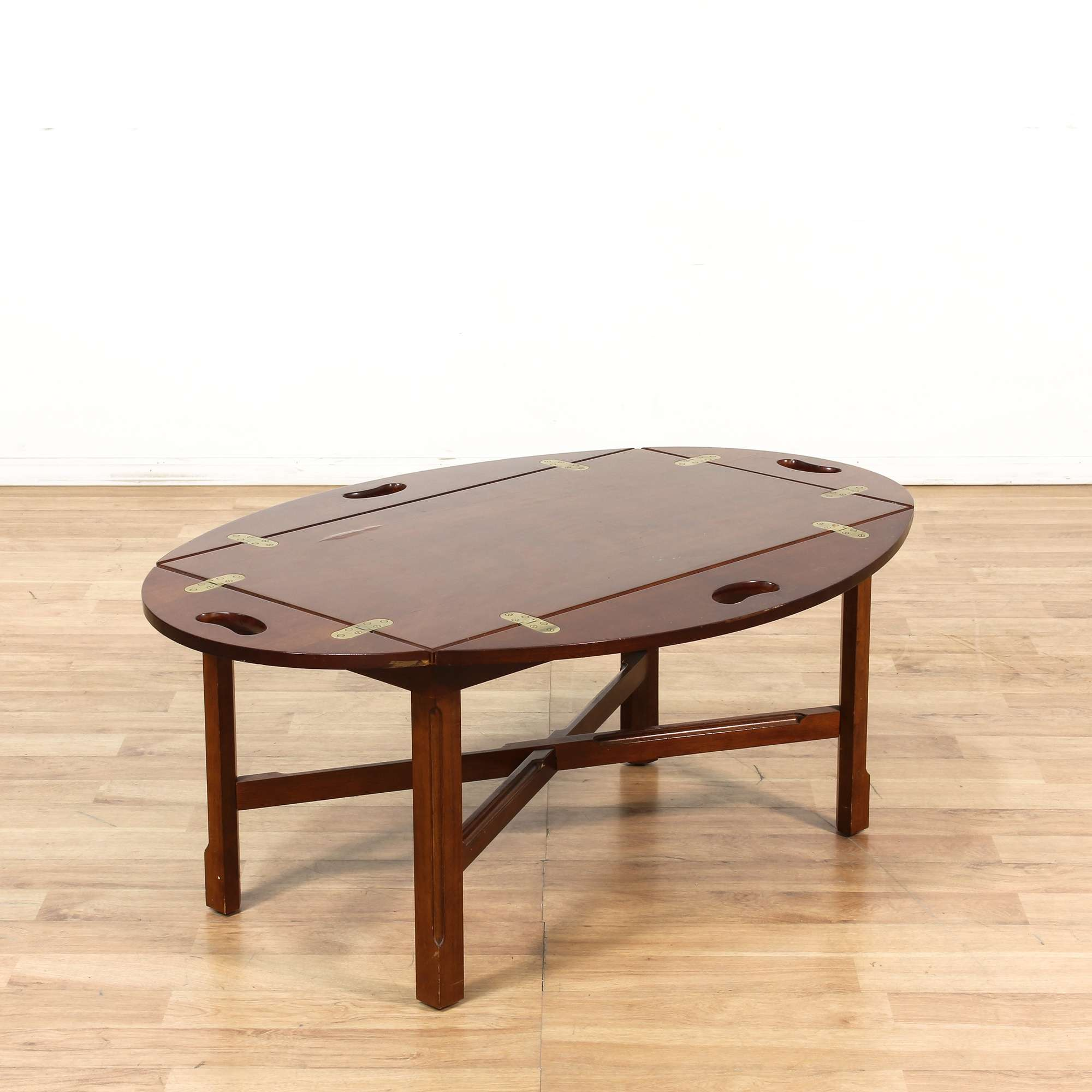 Bombay Traditional Butler Coffee Table Loveseat Online Auctions Los Angeles