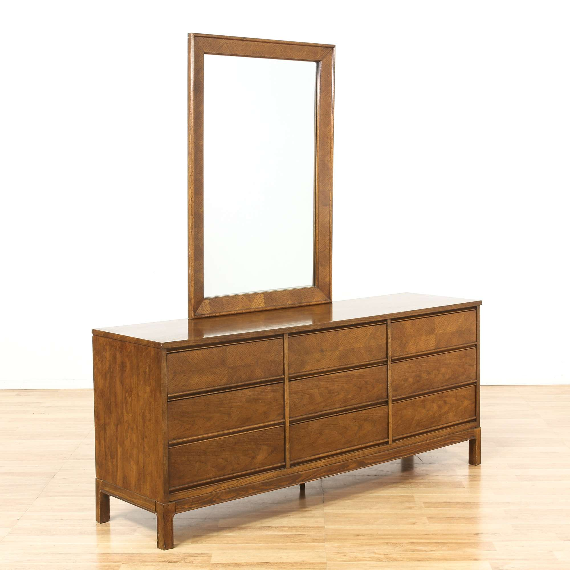 Image of: Dixie Mid Century Modern 9 Drawer Dresser W Mirror Loveseat Online Auctions Los Angeles