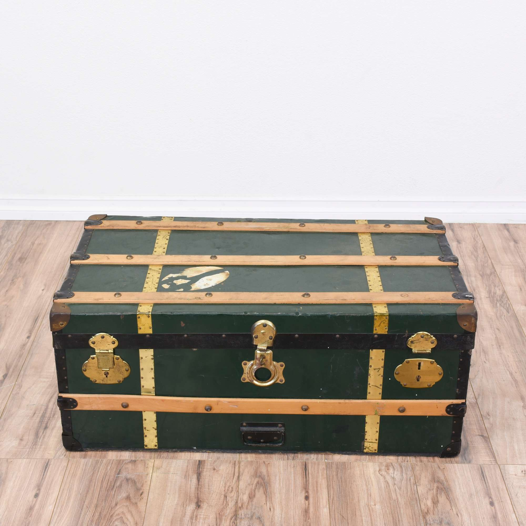 Vintage Dark Green Steamer Trunk Coffee Table