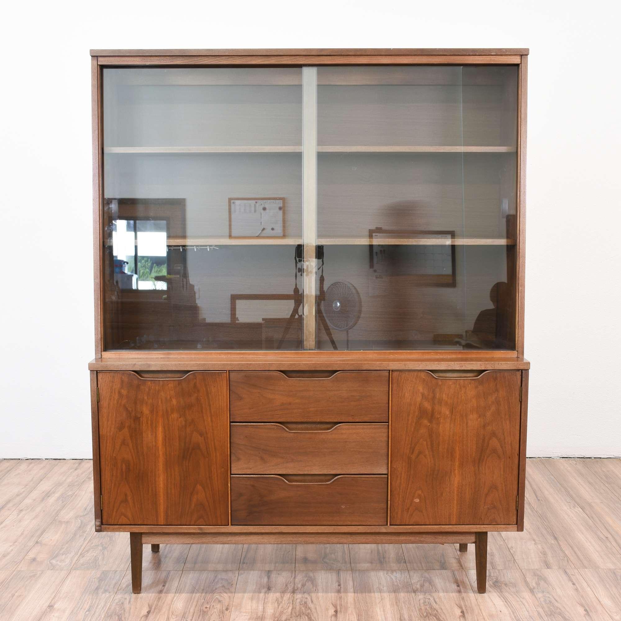 Stanley Mid Century Modern China Cabinet Loveseat Vintage Furniture San Go