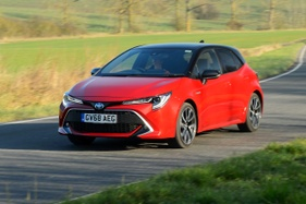 Unveiled: 2019 Toyota Corolla gains safety kit, two-tone paint