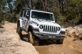 To diesel, or not to diesel? That is the question for Wrangler Rubicon buyers.