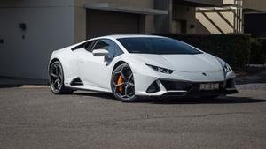 Review: The Lamborghini Huracan provides a driving experience like no other