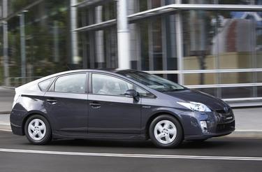Car, Auto & Vehicle News | Toyota Prius Hatch