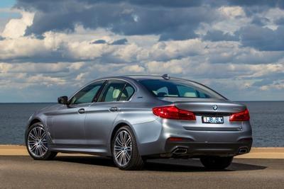 0 BMW 530e