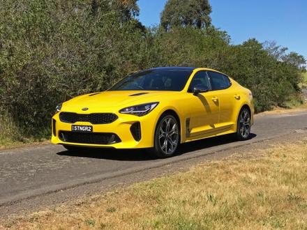 2018 Kia Stinger GT Review | A Convincing Combinat