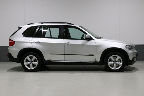 BMW X5 xDrive35d E70 xDrive35d. Wagon 5dr Steptronic 6sp 4x4 3.0DTT [MY10]