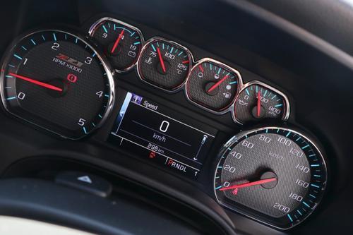 CHEVROLET SILVERADO 2500HD C/K25 2500HD LTZ Custom Sport Edition Pickup Crew Cab 4dr Auto 6sp 4x4 6.6DT [Apr]