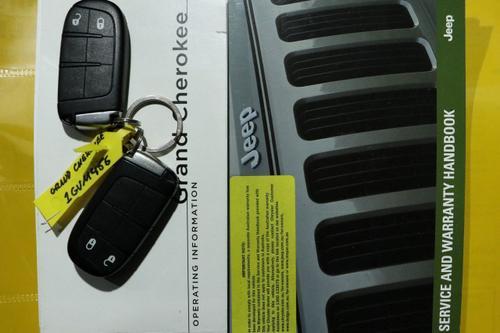 JEEP GRAND CHEROKEE Laredo WK Laredo Wagon 5dr Spts Auto 8sp 4x2 3.6i [MY14]