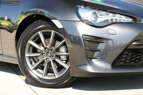 TOYOTA 86 GT ZN6 GT Coupe 2dr Man 6sp 2.0i [Apr]