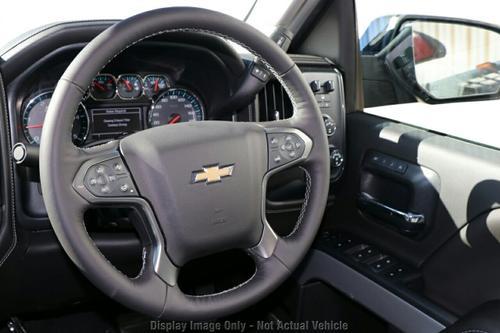 CHEVROLET SILVERADO 2500HD C/K25 2500HD LTZ Midnight Edition Pickup Crew Cab 4dr Auto 6sp 4x4 6.6DT [Apr]