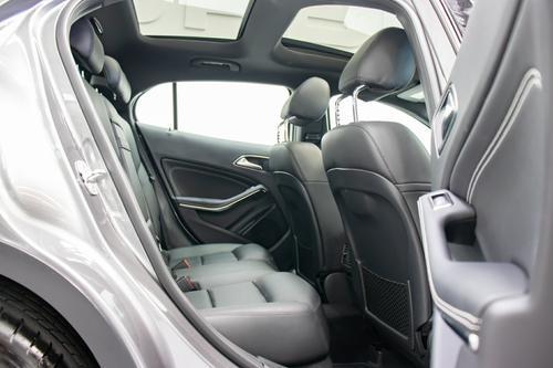 MERCEDES-BENZ GLA200 CDI GLA200 CDI X156 GLA200 CDI Wagon 5dr DCT 7sp 2.1DT [Dec]