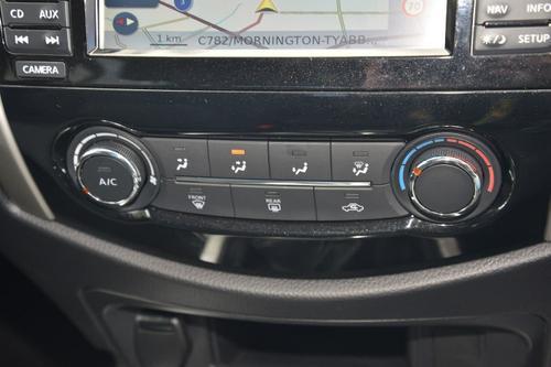 NISSAN NAVARA ST D23 Series 3 ST Utility Dual Cab 4dr Man 6sp 4x2 2.3DTT [Nov]