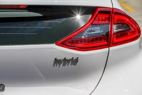 HYUNDAI IONIQ hybrid AE.2 hybrid Elite Fastback 5dr DCT 6sp 1.6i/32kW Hybrid [MY19]