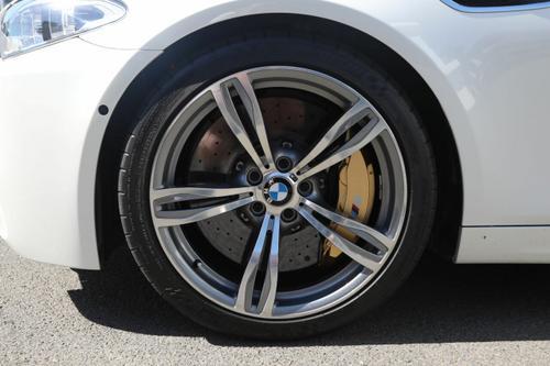 BMW M5  F10 LCI. Sedan 4dr M-DCT 7sp 4.4TT