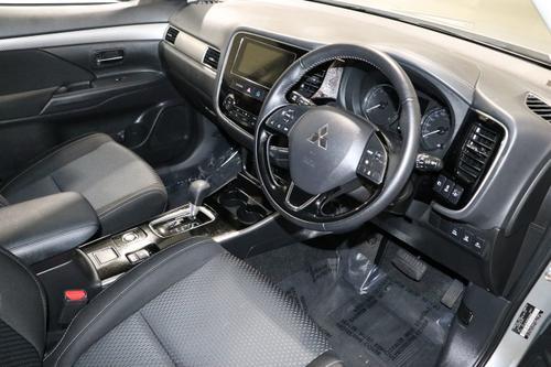 MITSUBISHI OUTLANDER LS ZL LS Wagon 7st 5dr CVT 6sp AWD 2.4i [MY18.5]