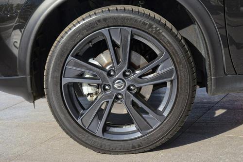 NISSAN JUKE Ti-S F15 Ti-S Hatchback 5dr X-tronic 1sp AWD 1.6T [MY18]