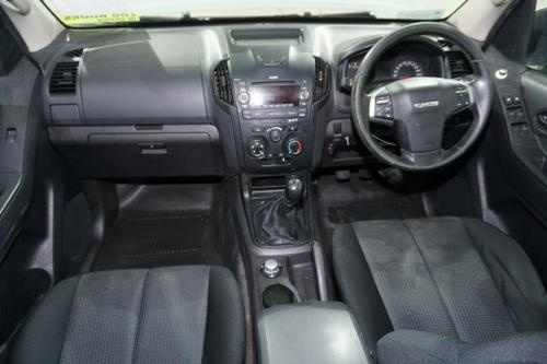 Isuzu D-MAX SX SX Cab Chassis Crew Cab 4dr Man 5sp 4x4 3.0DT [MY15]
