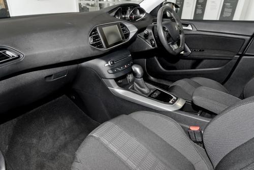 PEUGEOT 308 Allure T9 Allure Hatchback 5dr Spts Auto 6sp 1.6T