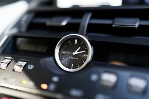 Lexus NX NX300h AYZ10R NX300h Luxury Wagon 5dr E-CVT 6sp 2WD 2.5i/105kW Hybrid