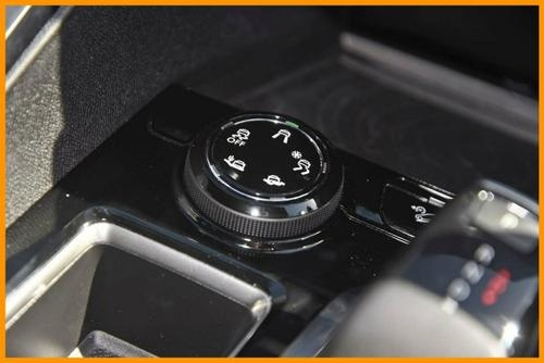 PEUGEOT 3008 GT Line P84 GT Line SUV 5dr Spts Auto 6sp 1.6T [MY18]