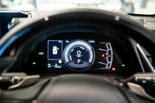 Lexus ES ES300h AXZH10R ES300h Luxury Sedan 4dr CVT 1sp 2.5i/88kW Hybrid [Aug]