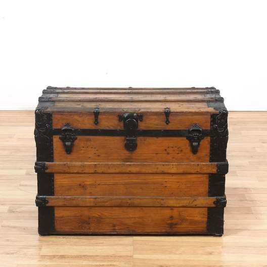 Excellent Wood Black Metal Steamer Trunk Coffee Table Loveseat Pdpeps Interior Chair Design Pdpepsorg