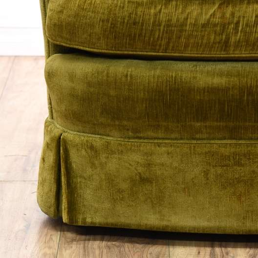 Quot Henredon Quot Tufted Barrel Back Velvet Swivel Chair