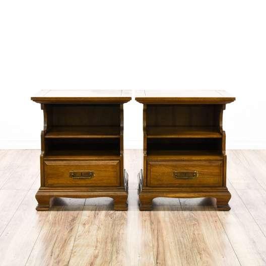 Pair Of Solid Wood Traditional 1 Drawer Nightstands Loveseat Vintage Furniture San Diego