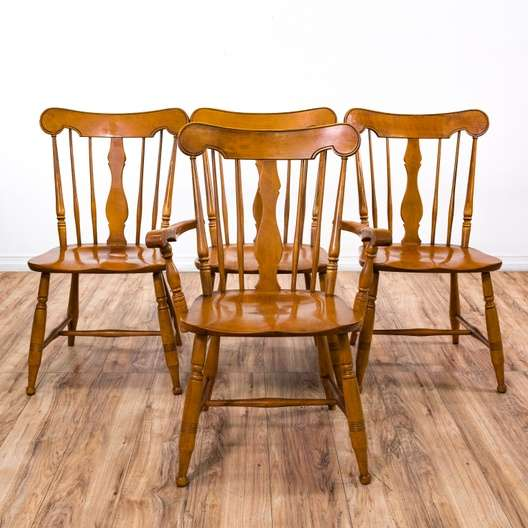 Set Of 4 Rockport Solid Maple Windsor Dining Chairs