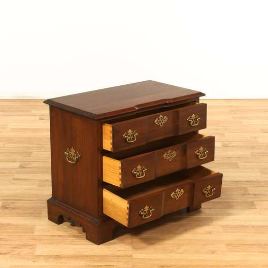 Quot Pennsylvania House Quot 3 Drawer Traditional Nightstand