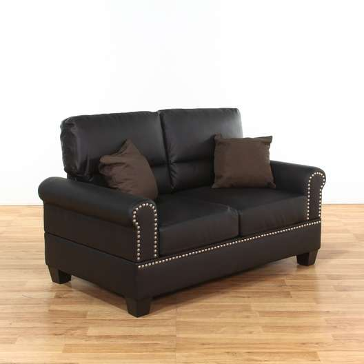 Boyster Black Faux Leather Loveseat W Nailhead Trim 325 Heart