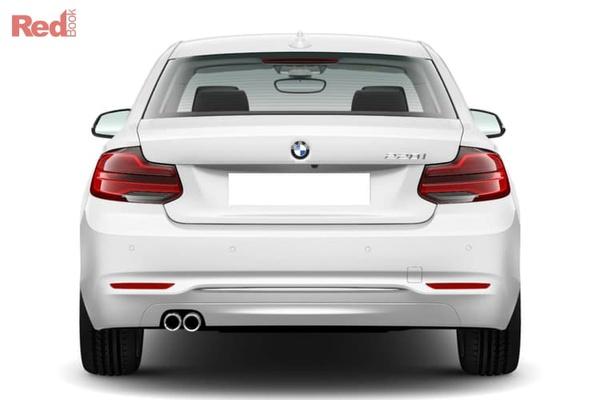 BMW 220i Luxury Line