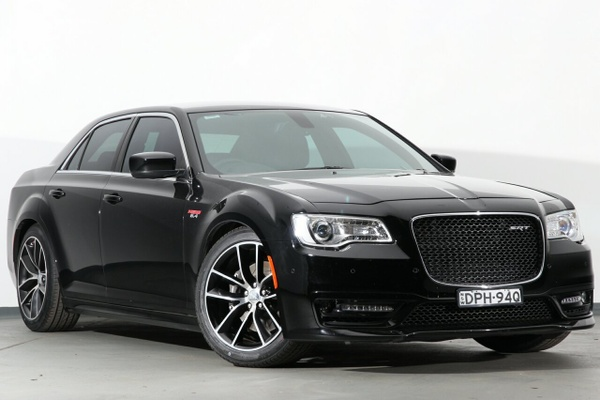 Chrysler 300c Luxury Road Test Review