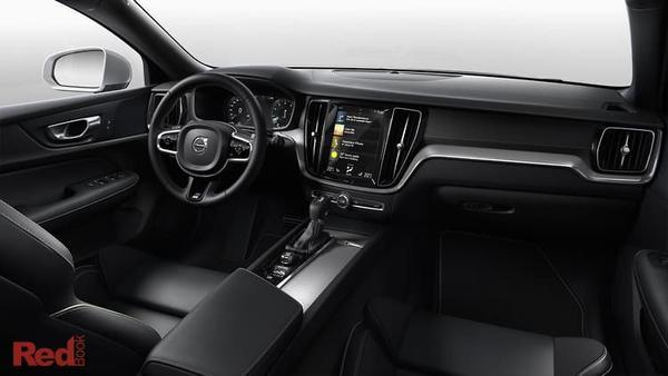 Volvo S60 T8