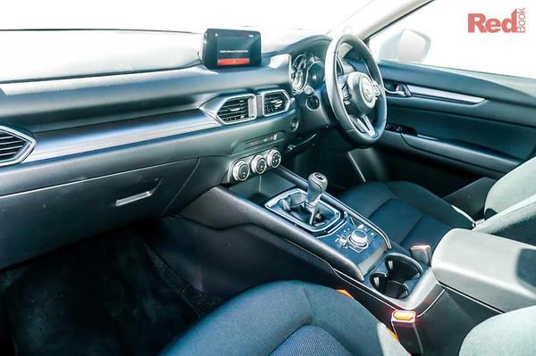 Mazda CX-5 Maxx Mazda CX-5 Maxx FWD petrol manual from $33,990 drive away + Free 3 Years/30,000km Scheduled Servicing